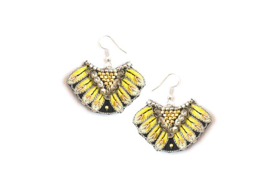 Boucles d'oreilles ethniques Nidhi | Yellow | Photo 2
