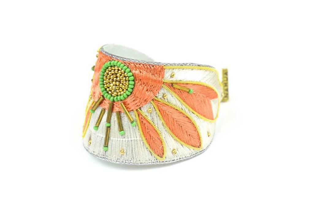 Apauline ethnic bracelet | Apricot/Cream