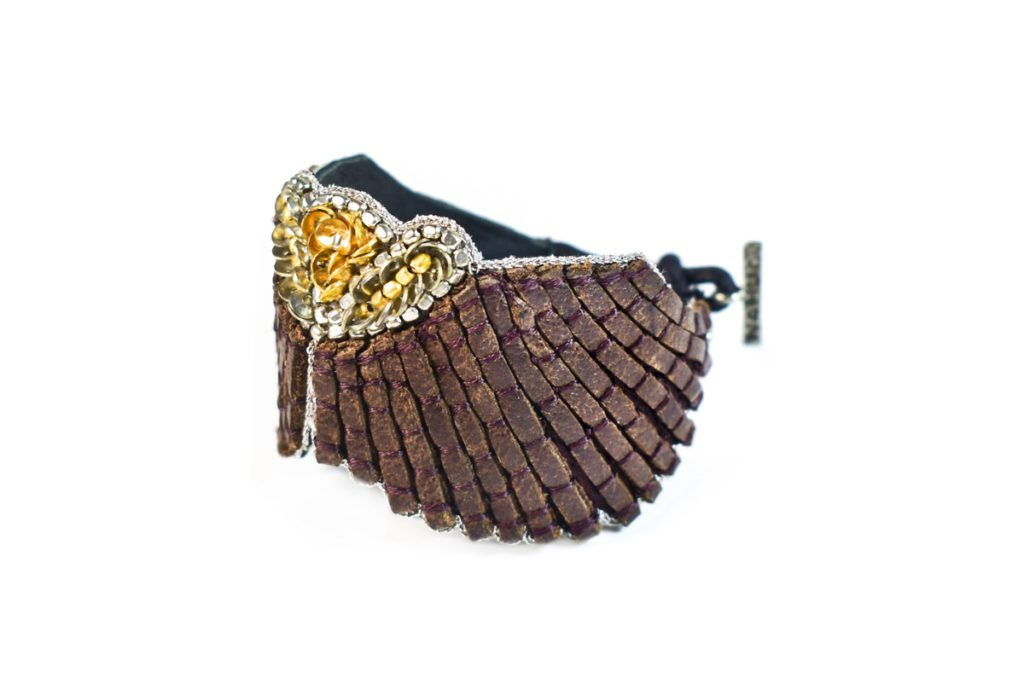 Angy leather embroidered bracelet | Coffee